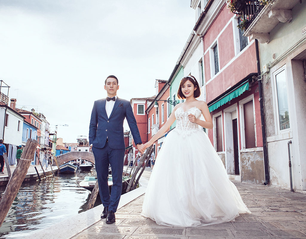 In ảnh cưới
